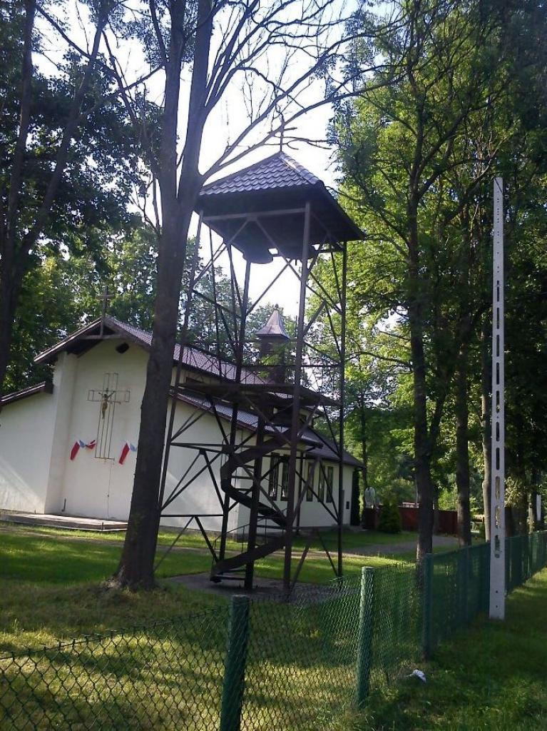 wieża przy kościele w Wierszach, autor: delilah