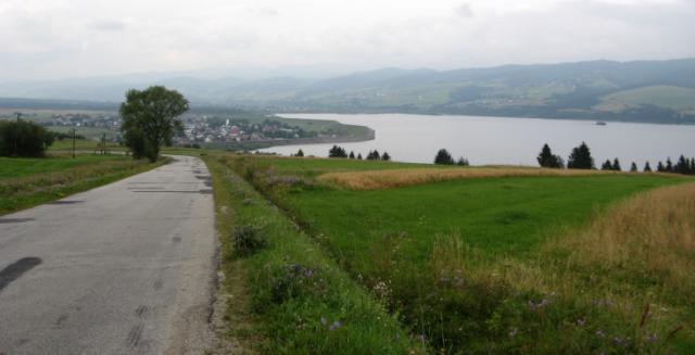 widok na jezioro z drugiej strony, autor: vanhelsing