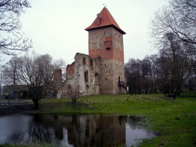 Zamek w Chudowie w pełnej okazałości, autor: bikerrr