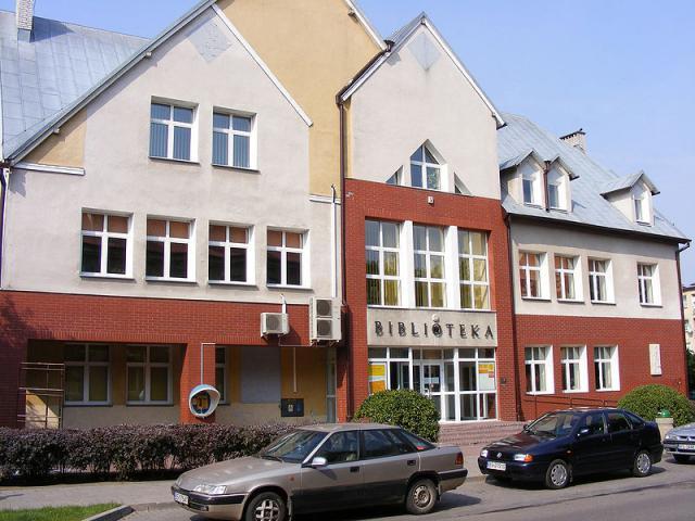 Biblioteka miejska, autor: przemko87