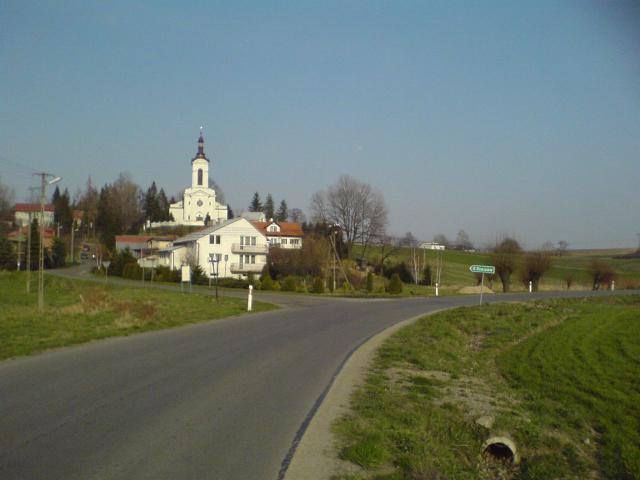 Widok na kościół w Zabierzowie, autor: azbest87