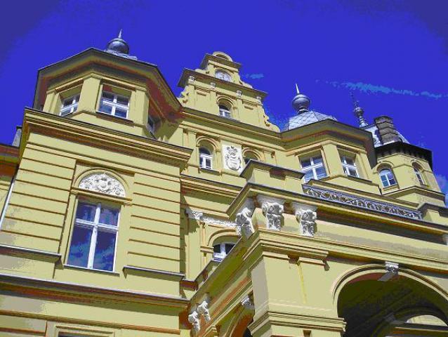 Pałac w Stuchowie z bliska, autor: yacek