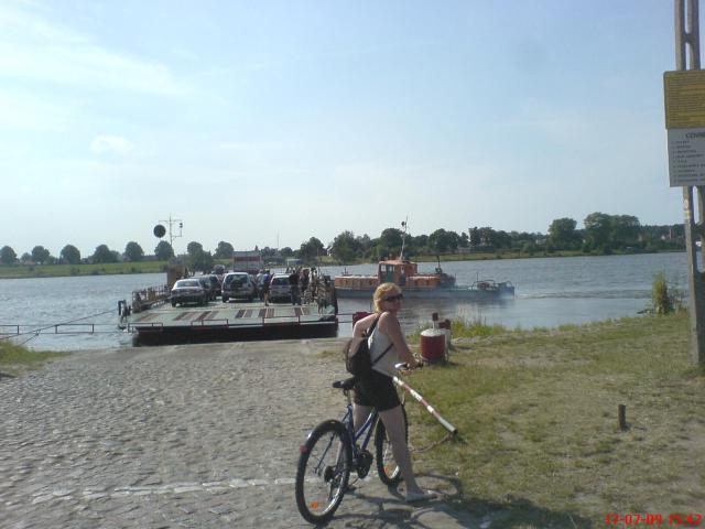Mikoszewo - prom na Wiśle, autor: wiesiek