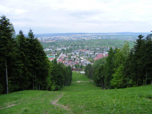 Panorama Kielc spod szczytu Telegrafu - MojRower.pl
