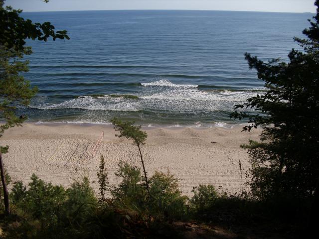 widok na morze z klifów  - około 1 km za Bansin.    [foto: piotr-56]     - MojRower.pl