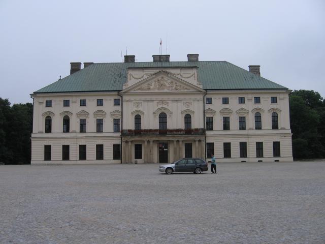 Pałac Sawnguszków - MojRower.pl