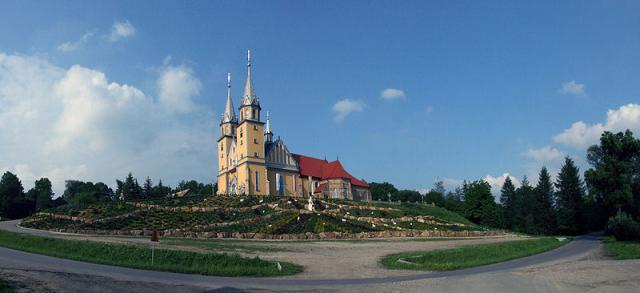 Kościół w Trzcianie - MojRower.pl