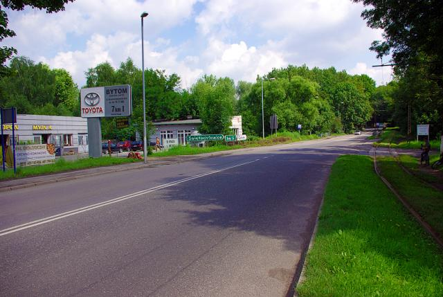 Skrzyżowanie w Szombierkach tu skręcamy w prawo - MojRower.pl