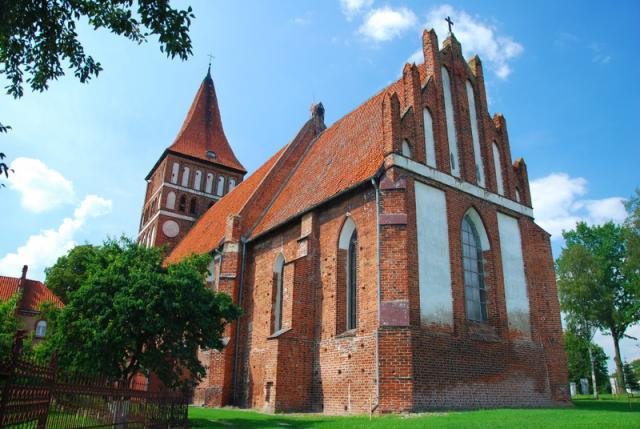 Zalewo, kościół pw. św. Jana Ewangelisty, fot. BR - MojRower.pl