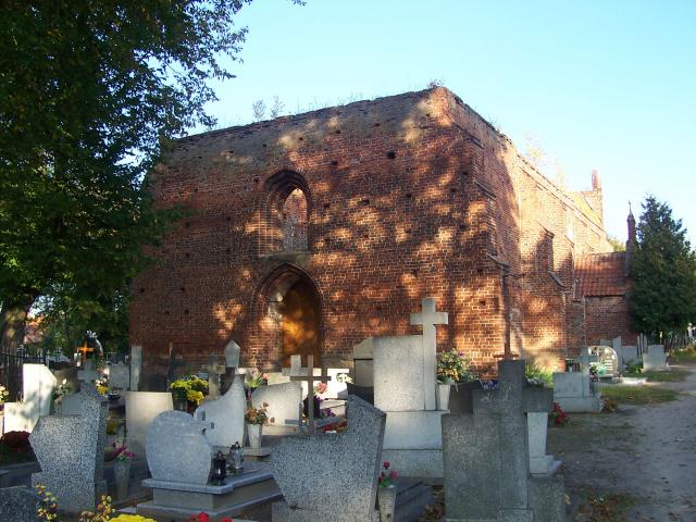 Ruiny kościoła w Ostaszewie, autor: wojt