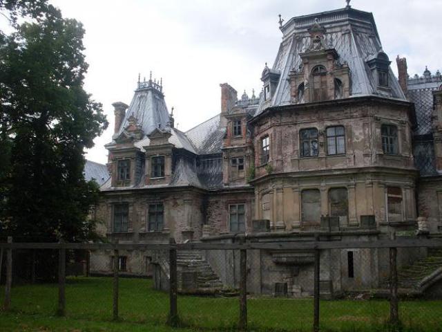 pałacyk, autor: decatlon