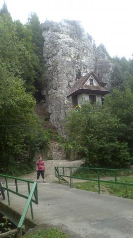 domek na skale :) - MojRower.pl