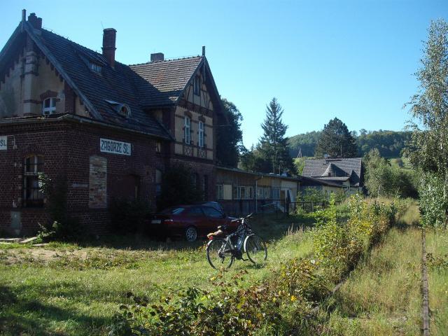 Dawna stacyjka kolejowa w Zagórzu Śl., autor: wiesiek
